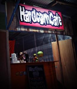 Tampak depan HardCorn Cafe